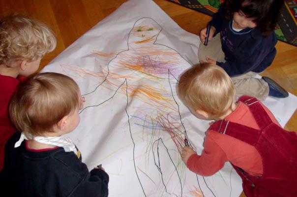 Kleine Künstler in der TiQ! Kindertagespflege im braunschweiger Stadtteil Querum.