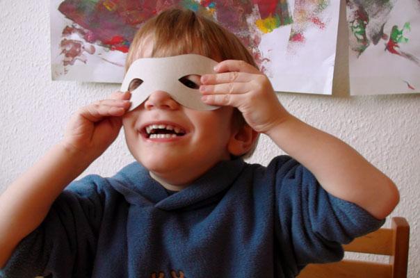 Kindertagespflege Braunschweig: Faschingsvorbereitungen bei TiQ - Brunswick Helau
