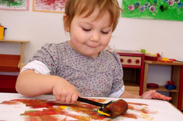 Kindertagespflege Tagesmutter Braunschweig: Osterbastelei bei TiQ! in Querum
