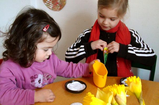 Kindertagespflege Tagesmutter Braunschweig: Kresse säen bei TiQ! in Querum.