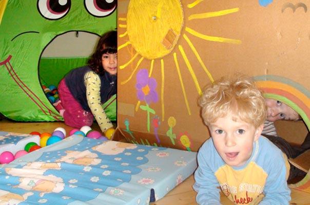 Staunende Bauklötze ? TiQ! Tagespflege in Querum Nicole Appel und Antje Storek, Kindertagespflege Tagesmutter Großtagespflege Braunschweig Querum