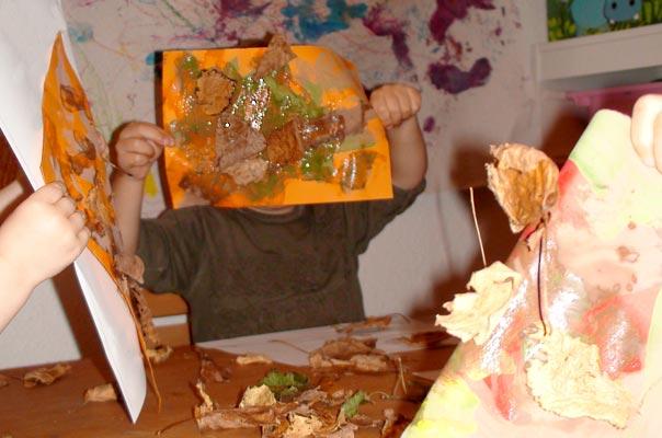 Wir basteln Laubbäume! TiQ! Tagespflege in Braunschweig Querum, Nicole Appel und Antje Storek – Kindertagespflege, Tagesmutter und Großtagespflege für Braunschweig Querum, Gliesmarode, Riddagshausen, Östliches Ringgebiet, Volkmarode, Bienrode, Waggum, Hondelage, Schuntersiedlung, Kralenriede, Dibbesdorf, Schwarzer Berg, Siegfriedviertel, Nordstadt und Schapen